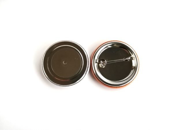 Magneetti pinssi tausta